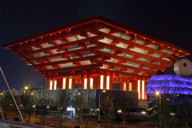 800px-Expo_2010_China_Pavilion_(Nighttime)_2